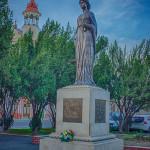 Statuia Regina Maria