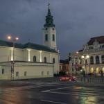 Primaria Oradea si Biserica Sf Ladislau, by night