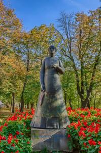 Statuia Lorantffy Zsuzsanna
