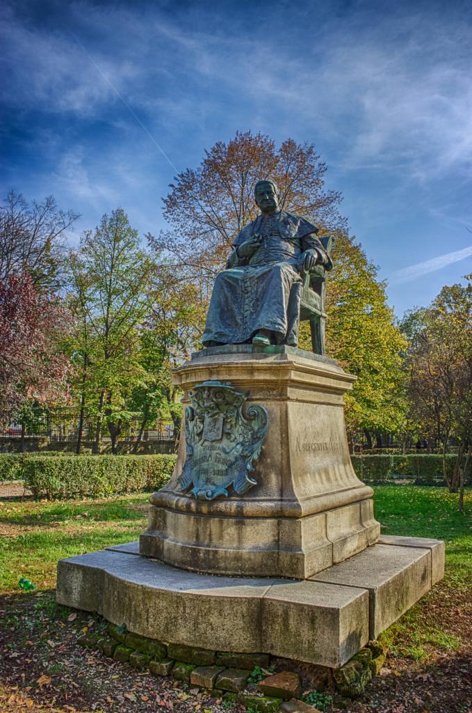Statuia Szaniszlo Ferencz