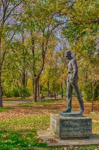 Statuia Jozsef Attila