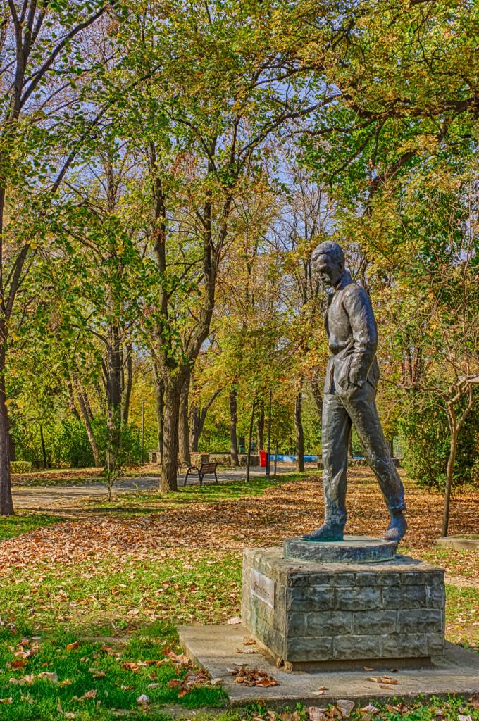 Statuia Jozsef Ottila