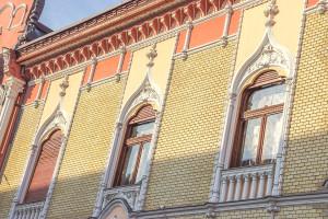 Palatul Episcopiei Ortodoxe detalii ferestre