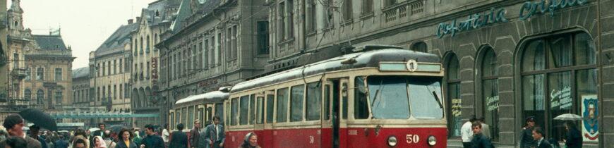 Cu tramvaiul pe corso