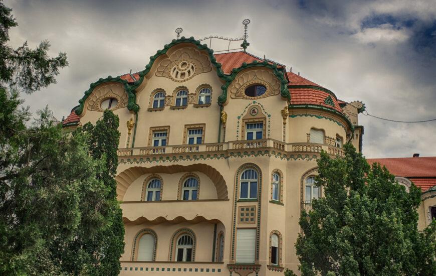 Palatul Vulturul Negru, dupa reabilitare