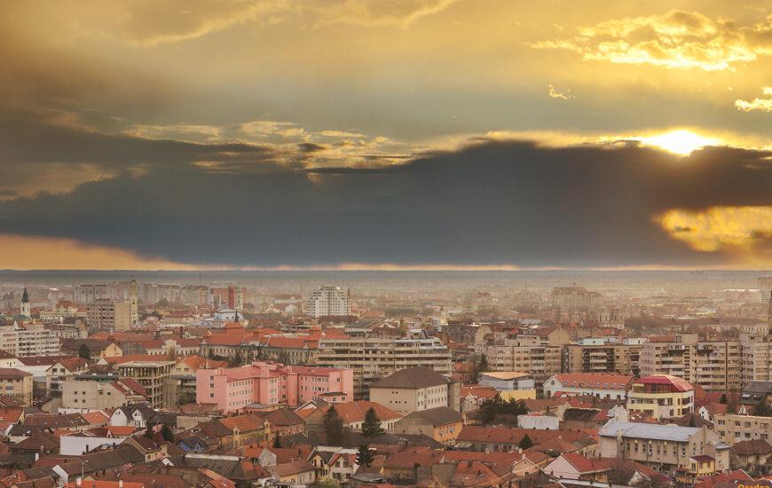 Oradea la apus privită de pe dealul Ciuperca