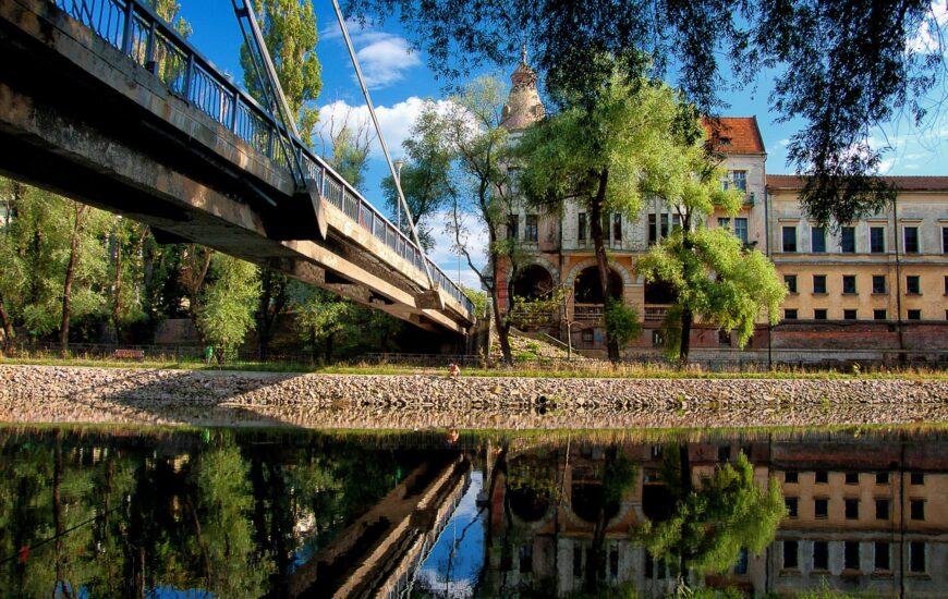 De vizitat: Podul Intelectualilor. Podul iubit de intelectuali în trecut