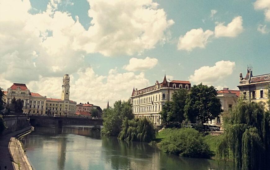Crisul Repede, Primaria Oradea si Palatul Levay